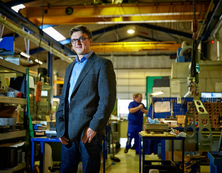 Michael Nederby, Teccon Form. En række virksomheder i Holstebro kan ikke skaffe uddannet arbejdskraft. Her i blandt er Teccon Form, der har søgt medarbejdere, men ikke har fundet nogen.